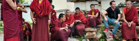 Entre monjes tibetanos