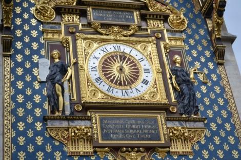 Reloj encantado en París