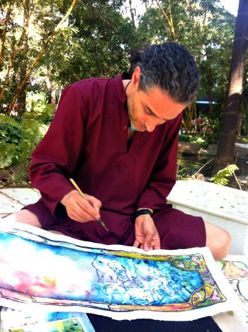 Hombre pintando en el Resort de Osho - Fotografía de Srishati Singhal